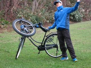 自転車と一輪車と長谷川.jpeg